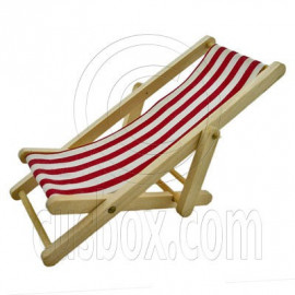 Red Folding Beach Chair Bench 1:12 Dollhouse Miniature